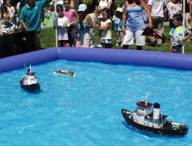 Reef Racer Tugboats