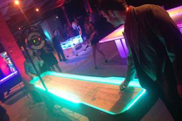 Shuffleboard (LED)